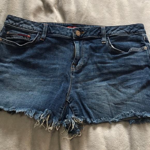 TOMMY HILFIGER medium blue denim shorts size 10